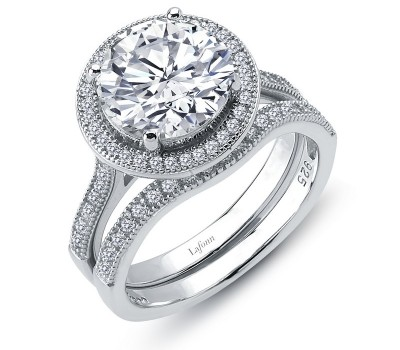 Classic Round Halo Ring and Band